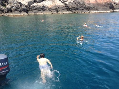 チャム島ボートトリップツアー